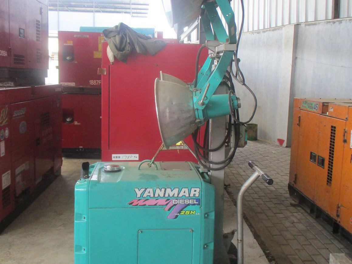 TOWER LIGHT YANMAR YLB44H